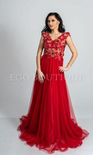 червена абитуриентска рокля от френски тюл и дантела