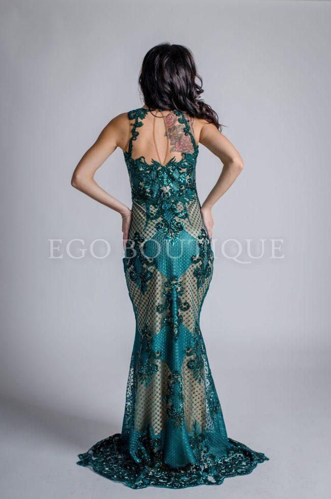 рокля от зелена дантела