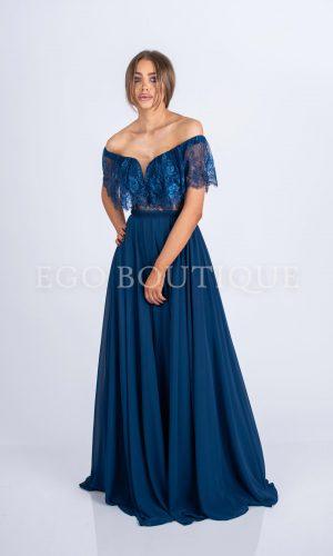 абитуриентска рокля тип испански стил от дантела и шифон с голяма цепка