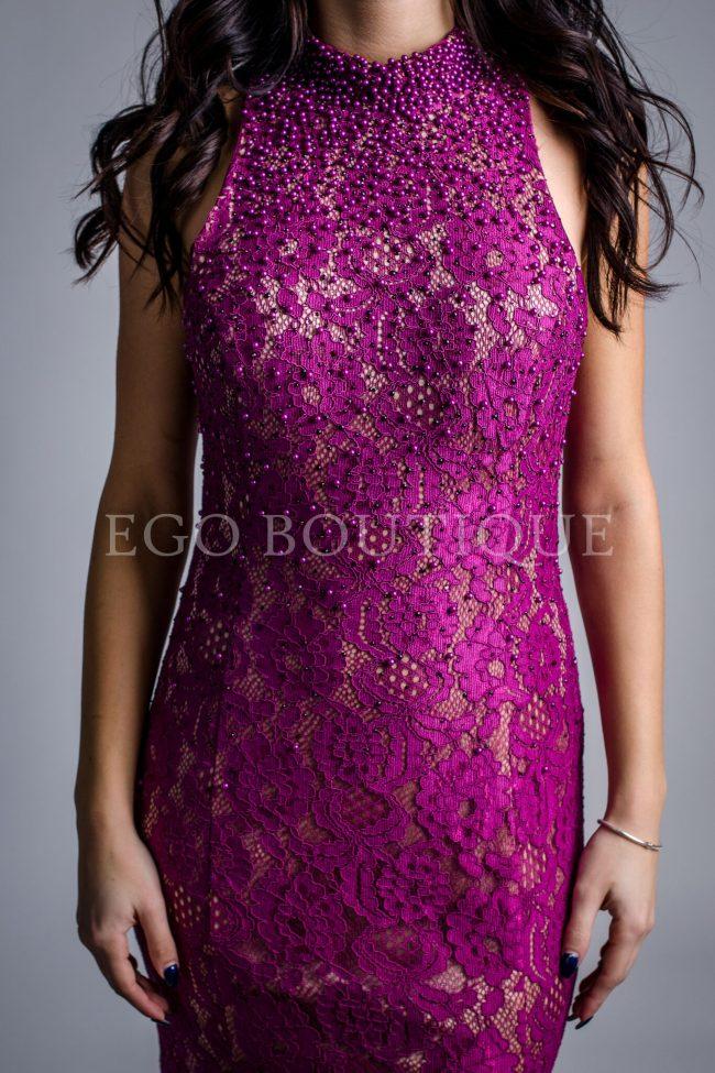 уникална дантелена рокля в цвят фуксия