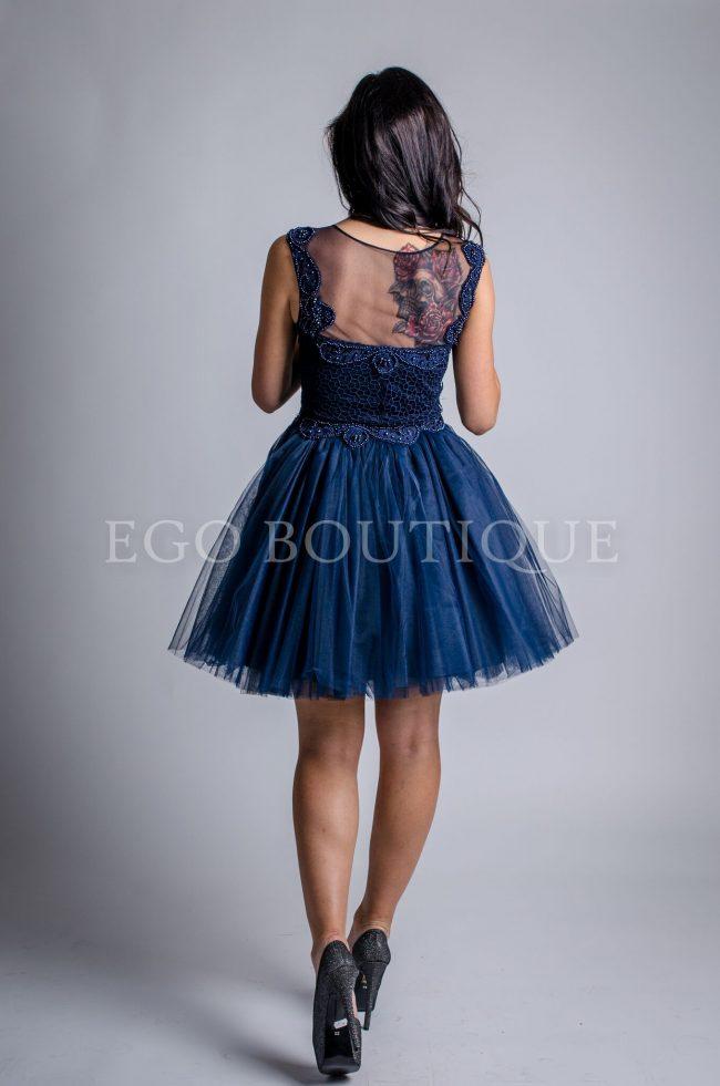 бална къса рокля от тюл и дантела