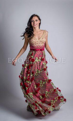 абитуриентска рокля с апликации от цветя