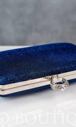 малка синя официална чанта