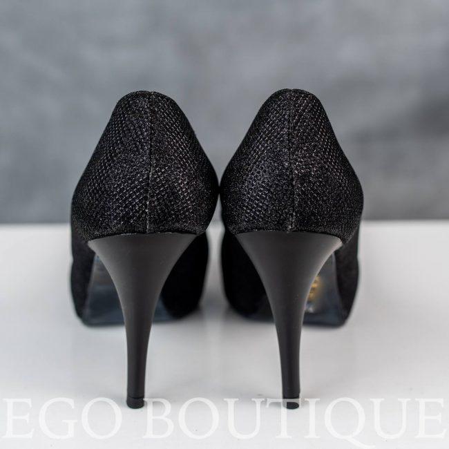 черни официални обувки с лъскав ток