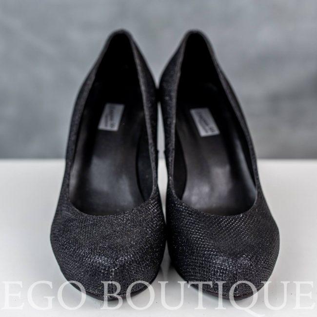удобни и елегантни черни дамски обувки