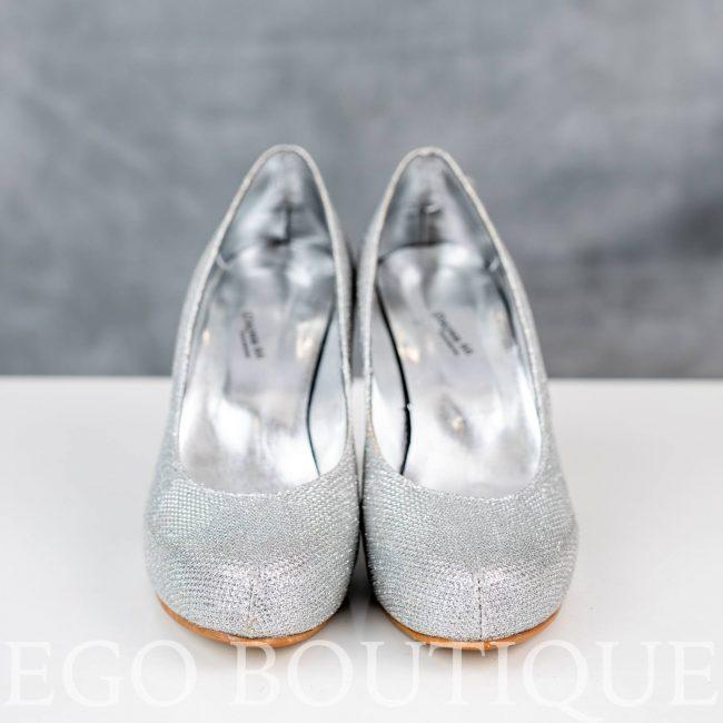официални дамски сребърни обувки