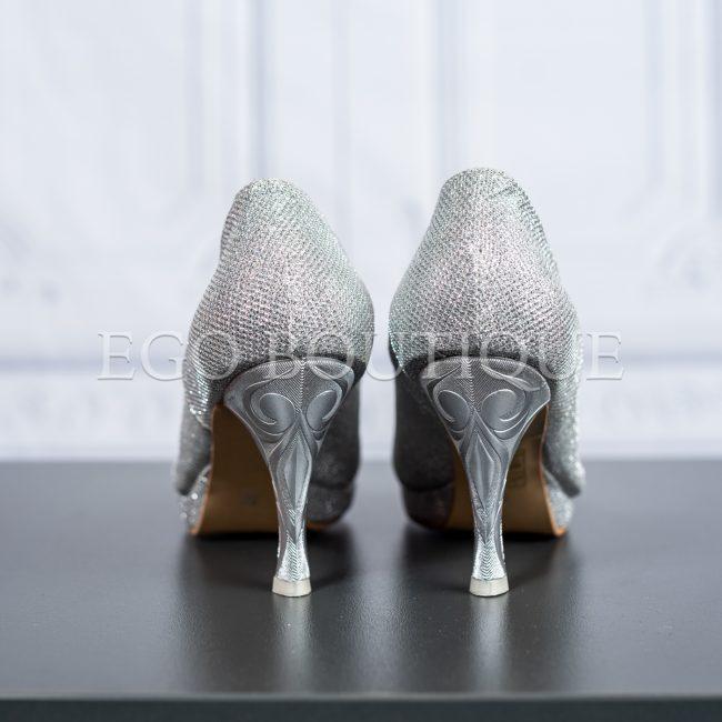 дамски обувки от сребърна мрежа с удобен ток