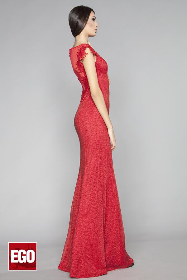 червена бална рокля тип русалка