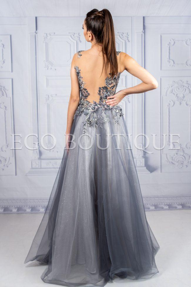 дизайнерска дълга бална рокля с гол гръб