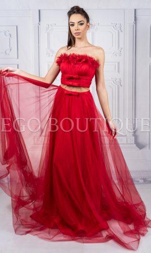 червена бална рокля тип бюстие