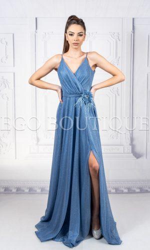 абитуриентска рокля от френски блестящ шифон с цепка и гол гръб