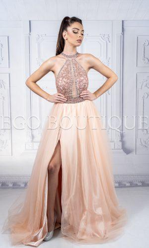 дизайнерска бална рокля с камъни тип принцеса