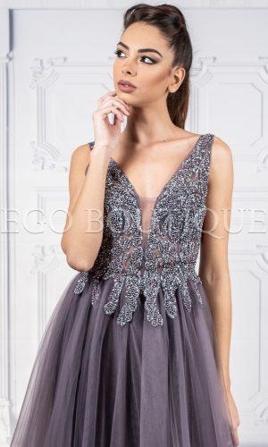 уникална дълга бална рокля с камъни и шифон