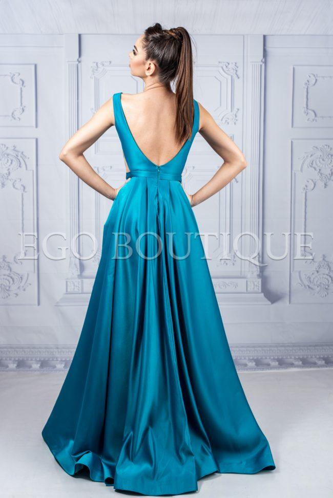 дълга абитуриентска рокля с гол гръб в цвят аквамарин