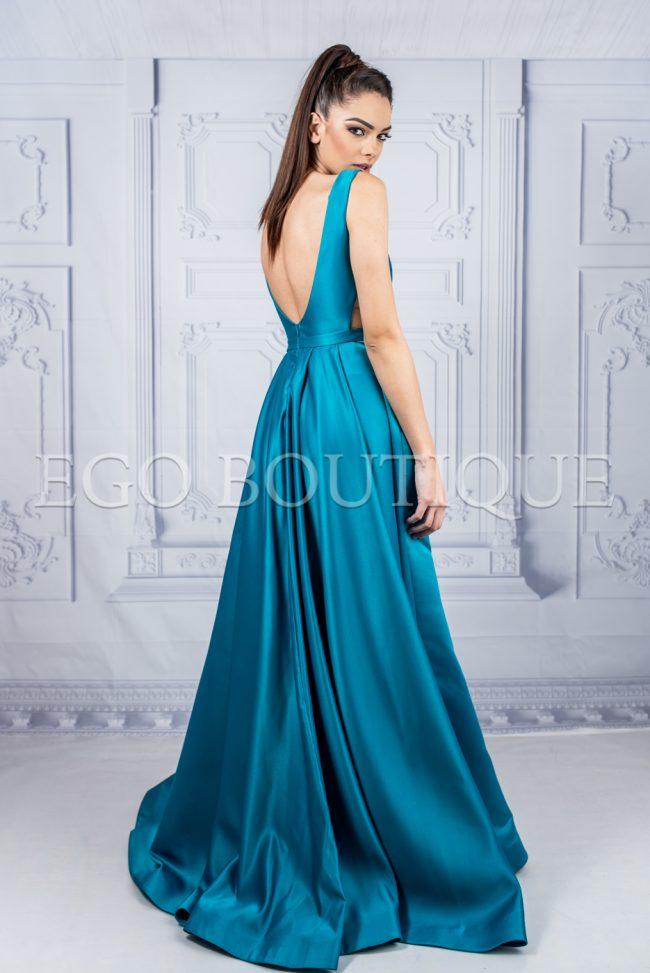бална рокля с гол гръб в цвят аквамарин