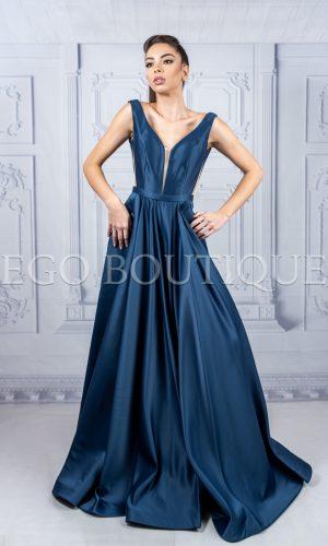 дълга бална рокля тип принцеса от френска тафта с гол гръб