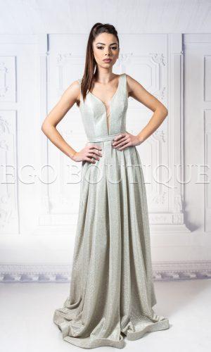 абитуриентска дълга златна рокля с остро деколте от уникална блестяща тафта