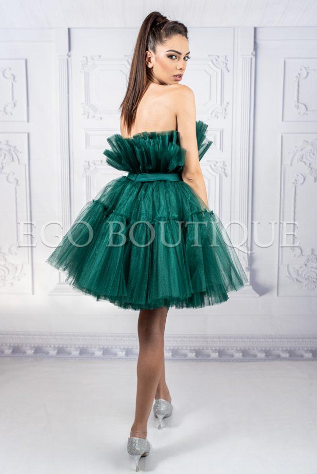 къса бална кокетна рокля с колан от френски тюл