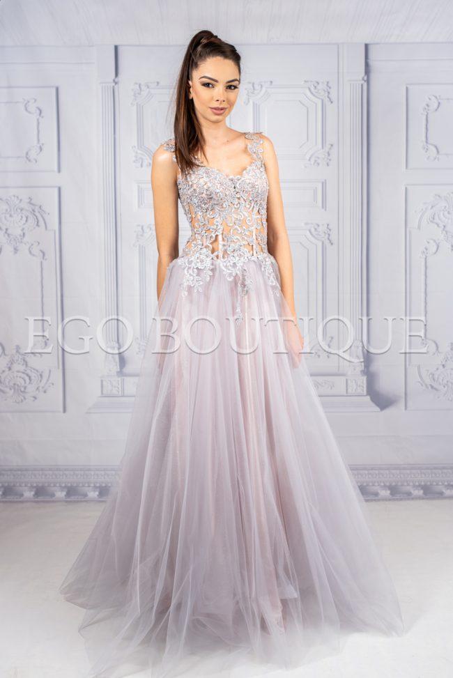 уникална бална дълга рокля в нежно лилаво за принцеси