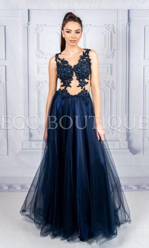 дизайнерска абитуриентска рокля в тъмно синьо от френска дантела и многопластов тюл