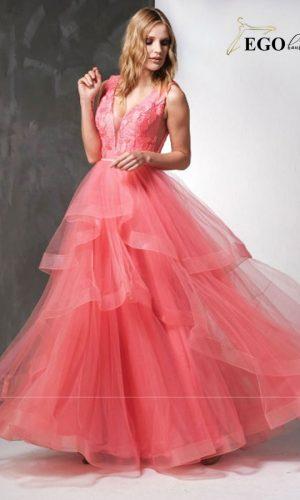 абитуриентска коралова рокля тип принцеса от многопластов тюл