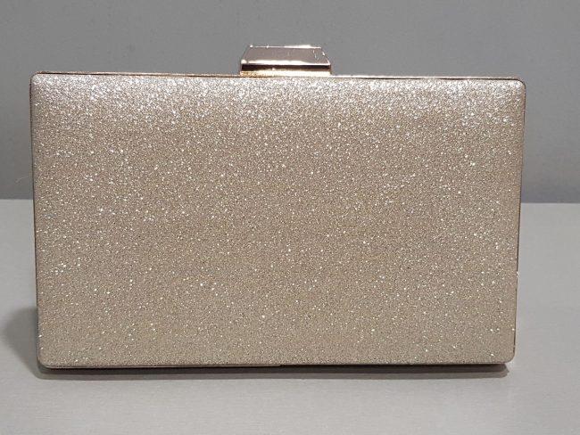 дамска абитуриентска чанта в златисто със златен обков