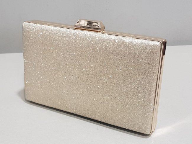 малка бална чанта в златен брокат