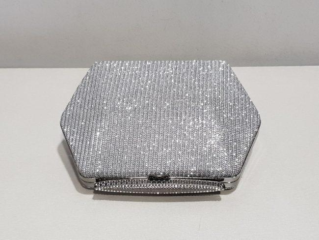 графитена бална чантичка с метален обков с камъни