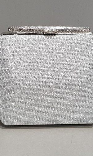сребърна дамска бална чанта от уникална сребърна мрежа с метален обков