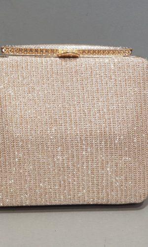 дамска абитуриентска чанта в старо злато с метален обков
