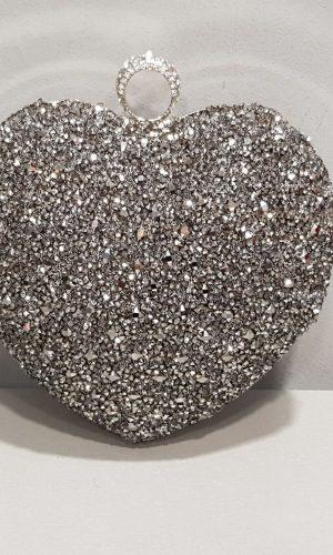 брокатена дамска чанта в цвят графит във формата на сърце