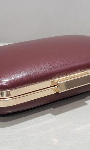 абитуриентска чанта в бордо с метален обков